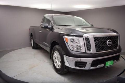 Pre-Owned 2018 Nissan Titan 4x2 Single Cab SV