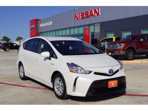 Pre-Owned 2017 Toyota Prius V Five